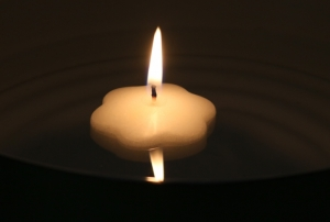 Floating candle flower