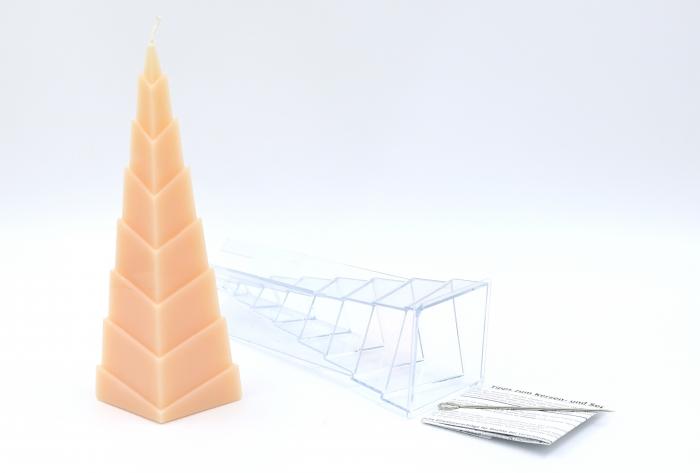 kerzengie form stufenpyramide ab 11 30. Black Bedroom Furniture Sets. Home Design Ideas